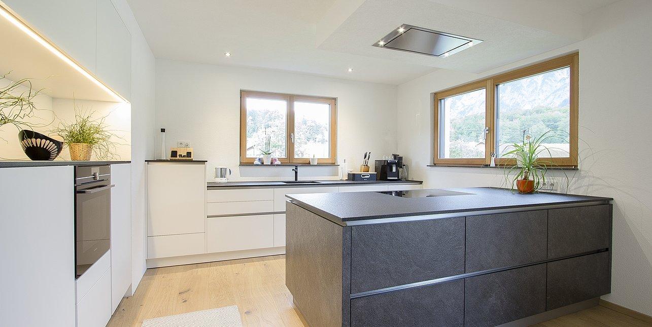 Einrichtung Küche & Fenster Bad Goisern  Laserer Tischler